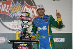 Ganador, Aric Almirola, Ford