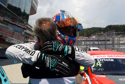 Race winner Stefano Comini, Leopard Racing, Volkswagen Golf GTI TCR