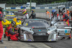 #6 Phoenix Racing, Audi R8 LMS GT3: Alex Yoong, Alex Au