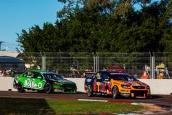 Will Davison, Tekno Autosports, Holden; Mark Winterbottom, Prodrive Racing Australia, Ford