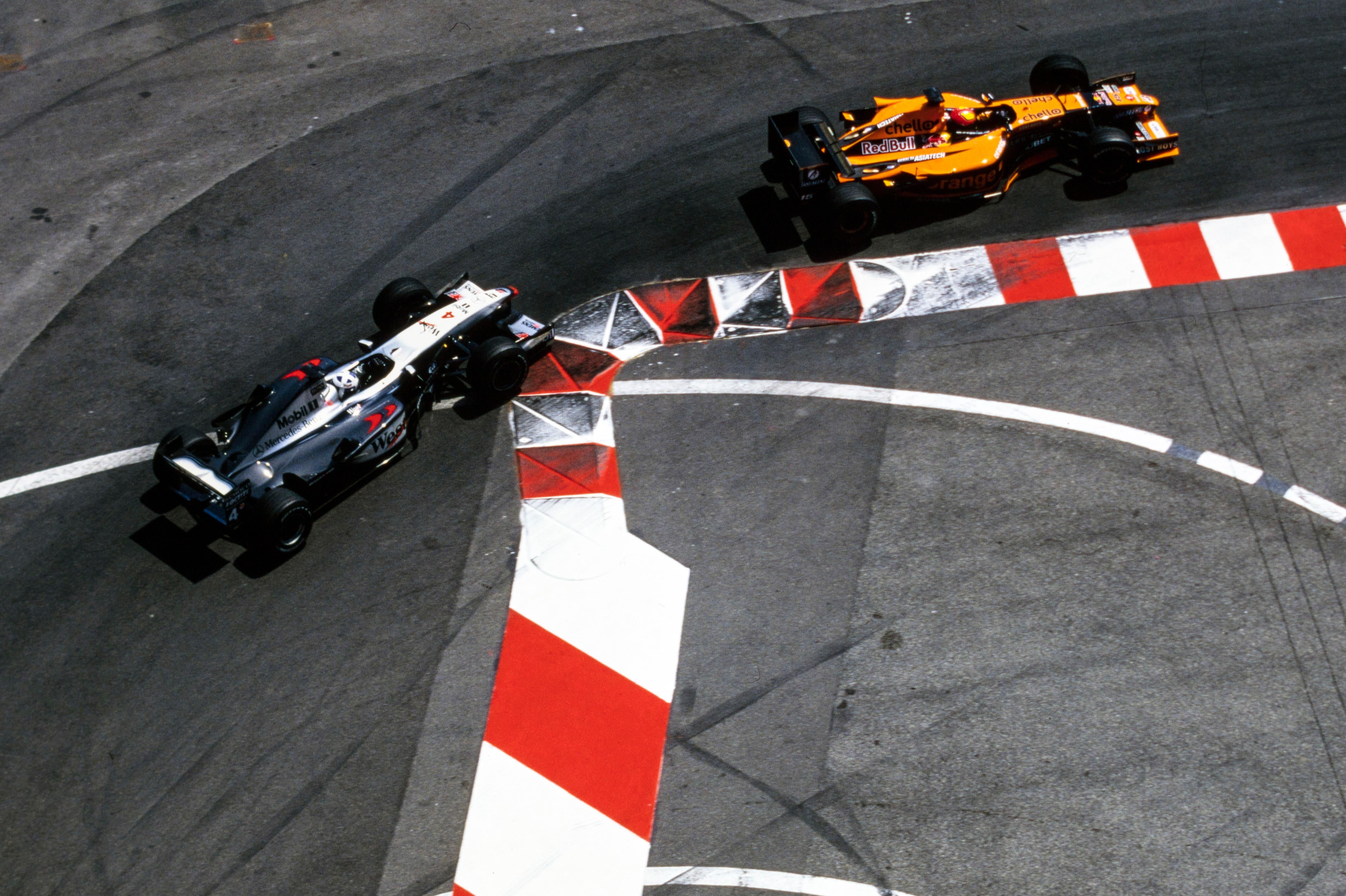 Enrique Bernoldi y David Coulthard en el GP de Mónaco 2001