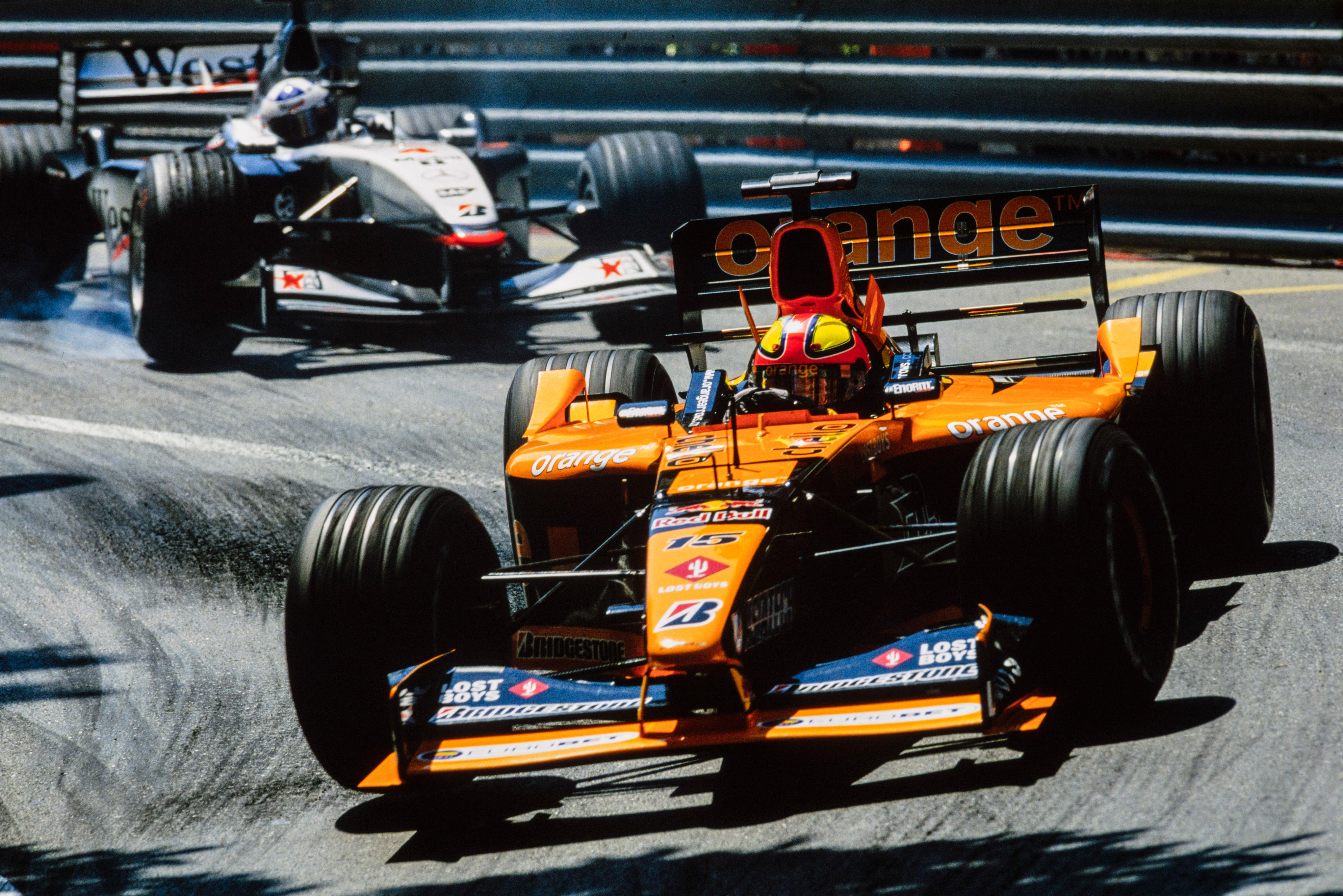 Enrique Bernoldi y David Coulthard en el GP de Mónaco 2001.