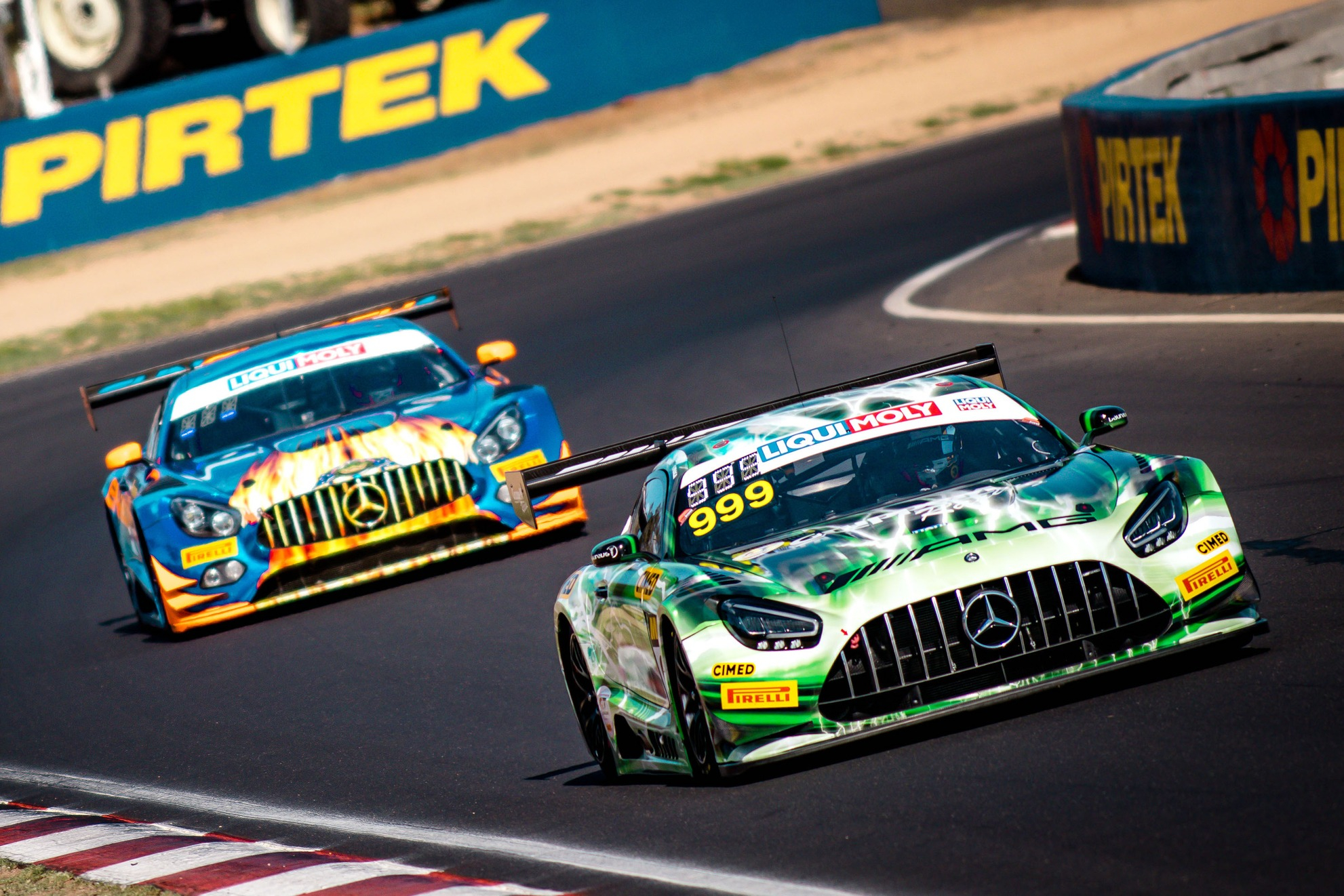#999 Mercedes-AMG Team GruppeM Racing Mercedes AMG GT3: Felipe Fraga, Maximilian Buhk, Raffaele Marciello, #75 SunEnergy1 Racing Mercedes AMG GT3: Kenny Habul, Dominik Baumann, Martin Konrad, David Reynolds