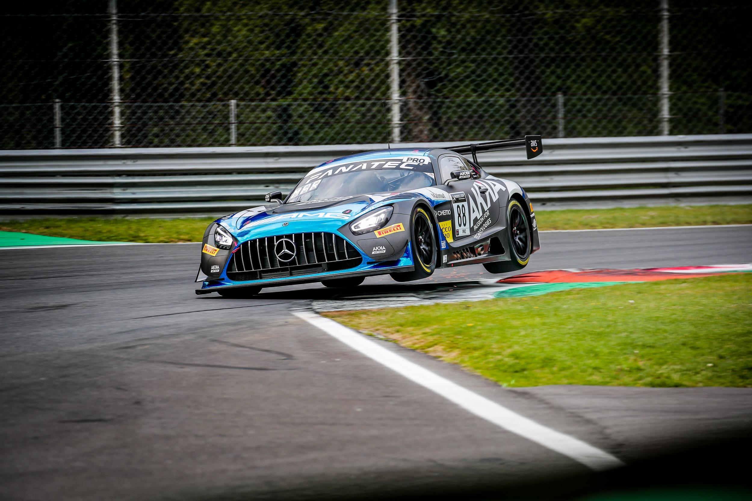 #88 AKKA ASP FRA Mercedes-AMG GT3 Raffaele Marciello ITA Dani Juncadella ESP Jules Gounon FRA Pro Cup, GT3, Qualifying