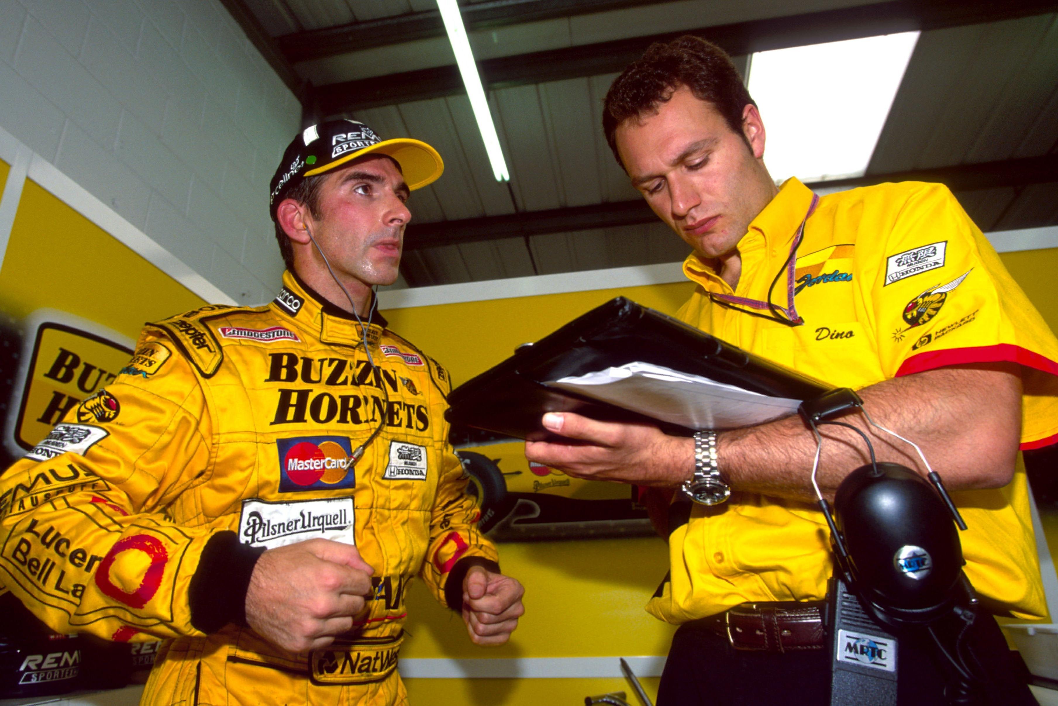Damon Hill y Dino Toso en 1998