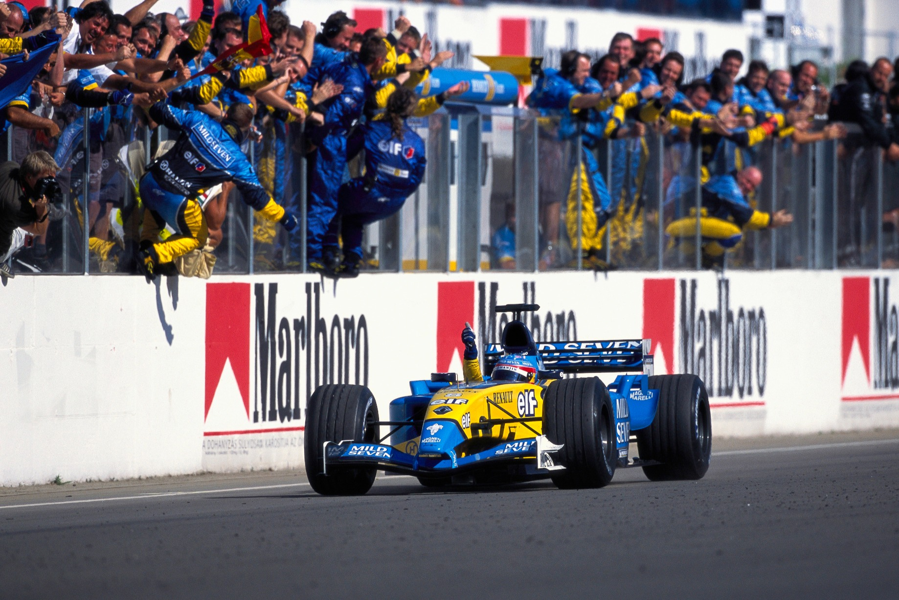 Fernando Alonso gana el GP de Hungría de F1 2003