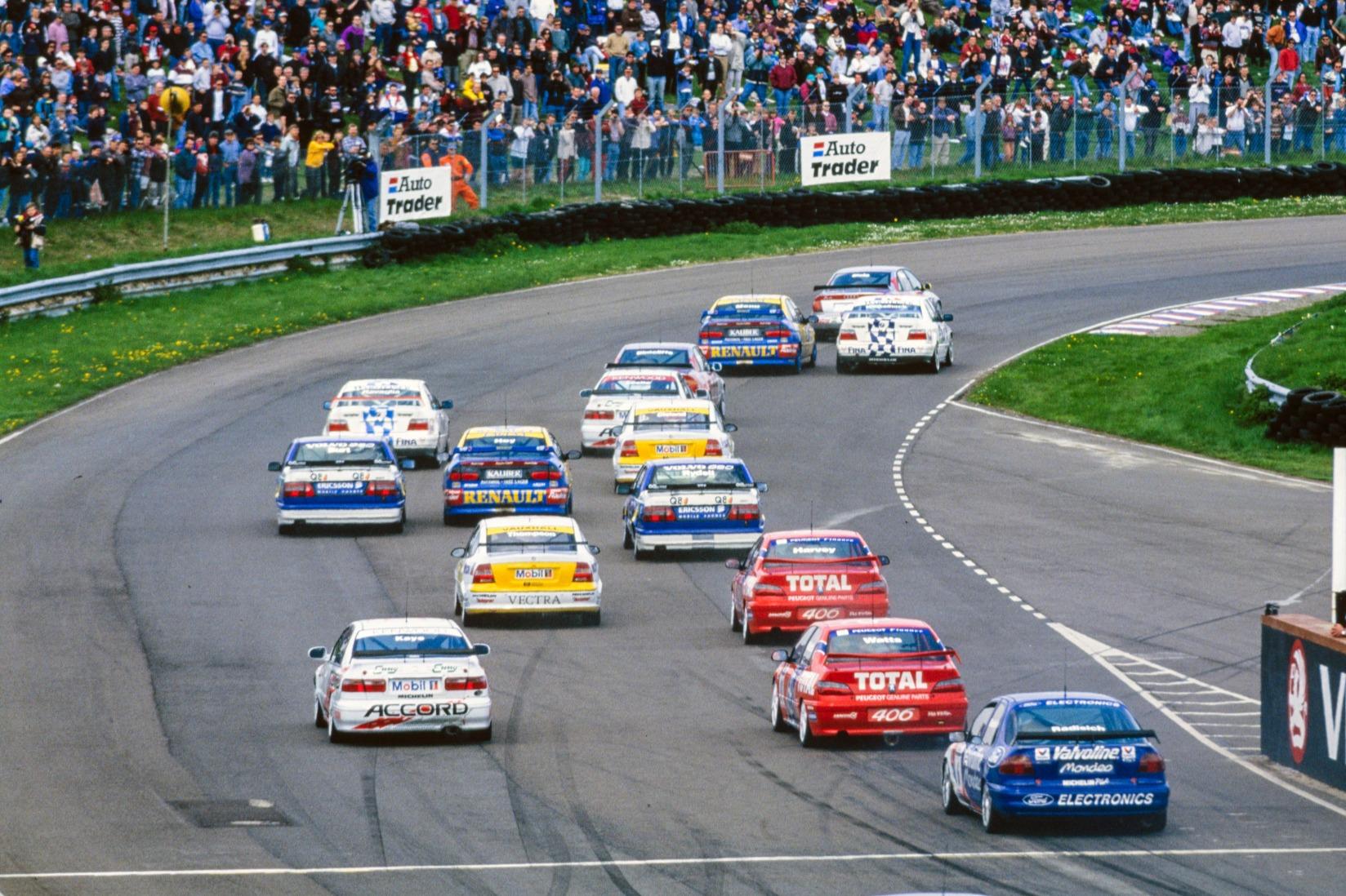 Paul Radisich brings up the rear as the BTCC field roars into Allard, Thruxton 1996