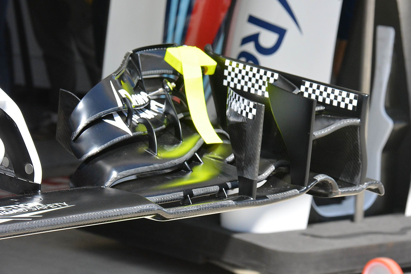 Williams FW38 front wing detail with a deflection tester