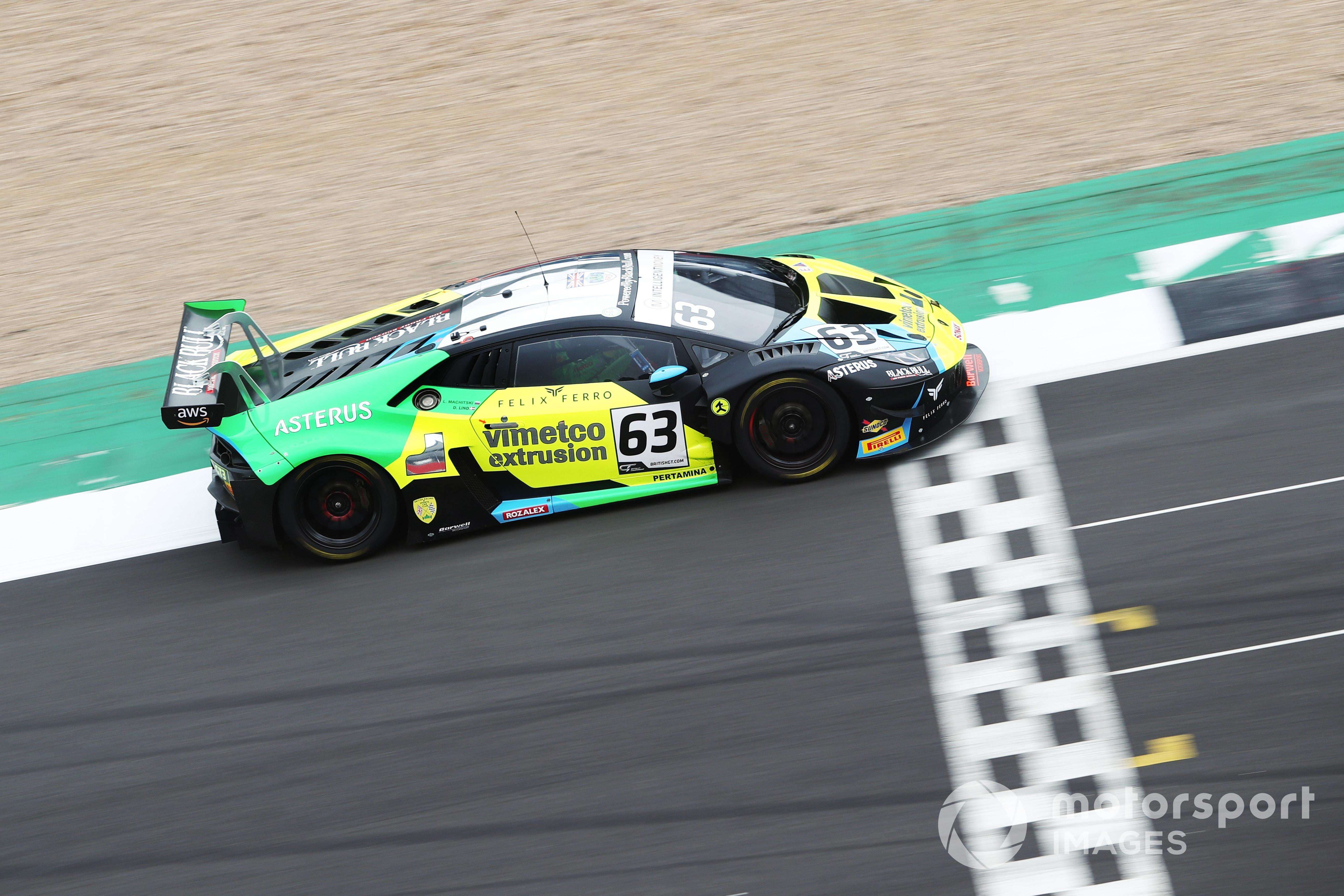 Leo Machitski/Dennis Lind (Lamborghini Huracan Evo GT3), British GT, Silverstone 2021