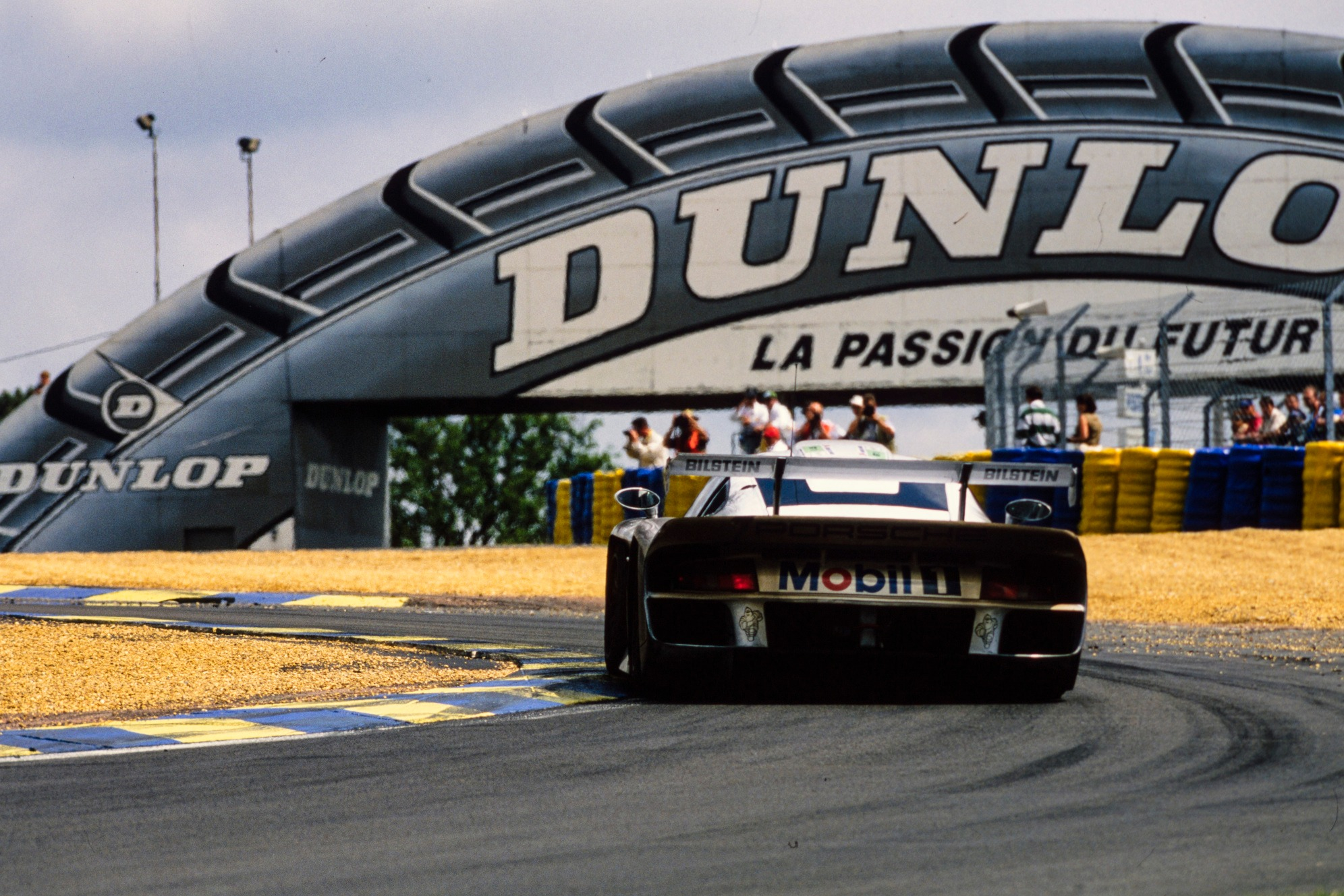 Collard arrived at the test still exhausted after losing Le Mans 1997 in hour 21 when his Porsche caught fire