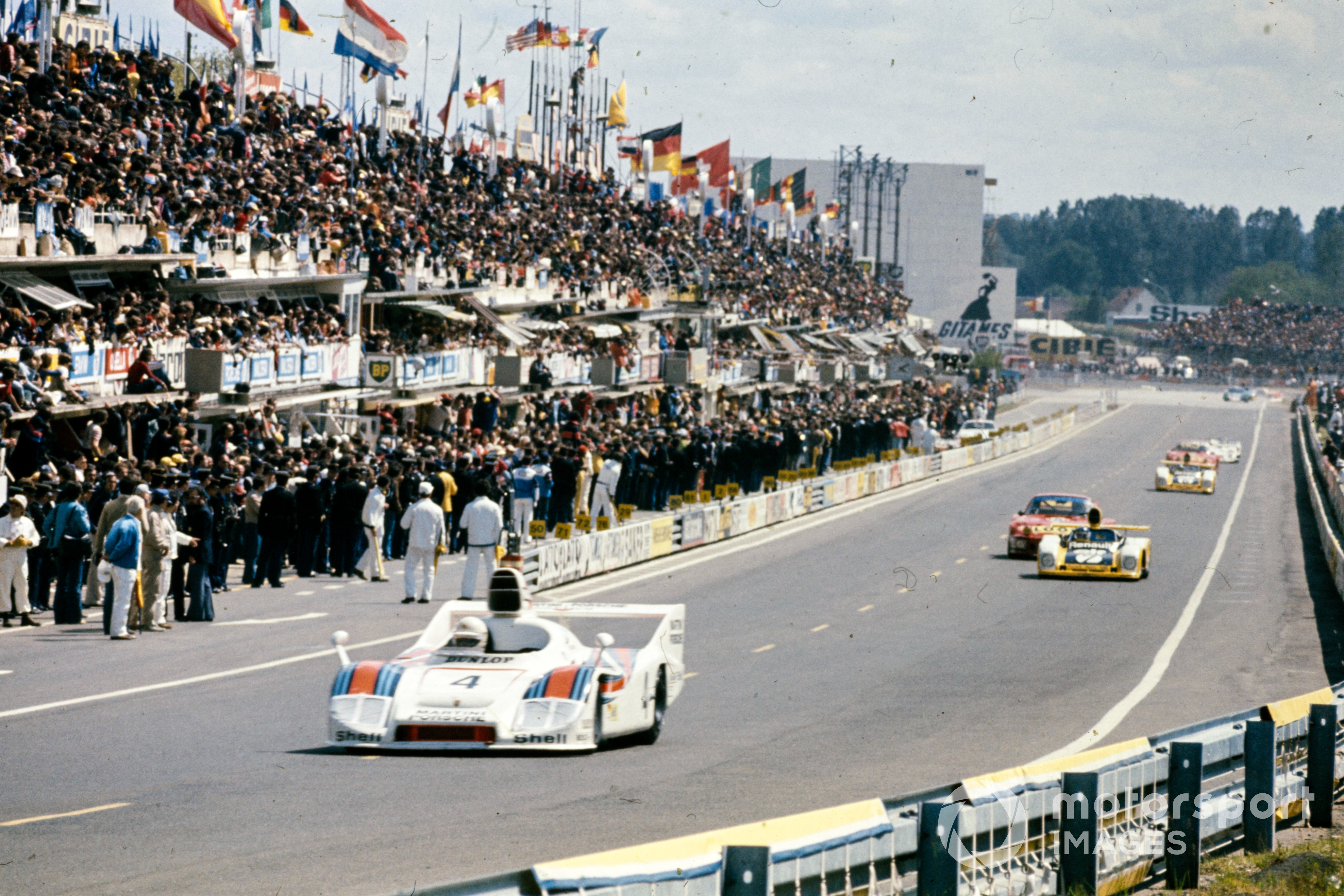 Jürgen Barth / Hurley Haywood / Jacky Ickx, Martini Racing Porsche System, Porsche 936/77 - Porsche 911/78, lead the 1977 Le Mans 24 Hours