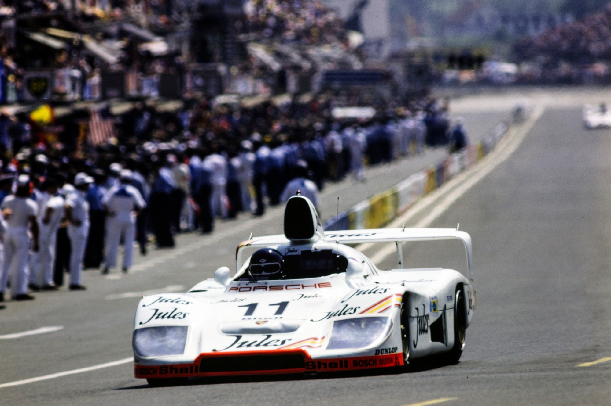 936 with engines originally intended to race in Porsche's mothballed IndyCar programme was rolled out of the museum for Bell and Ickx in 1981