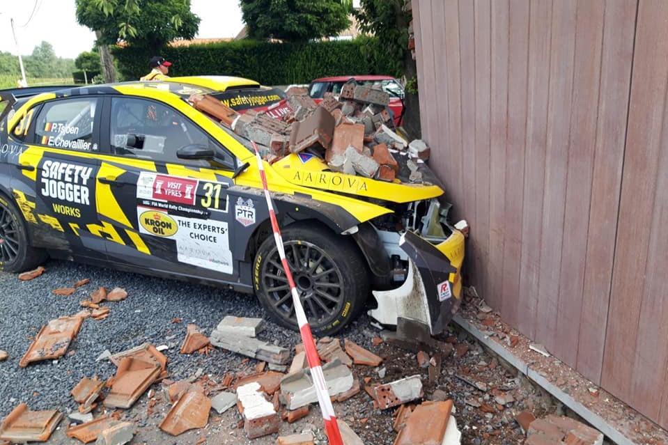 Pieter Tsjoen's WRC3 Volkswagen hit trouble on Stage 9