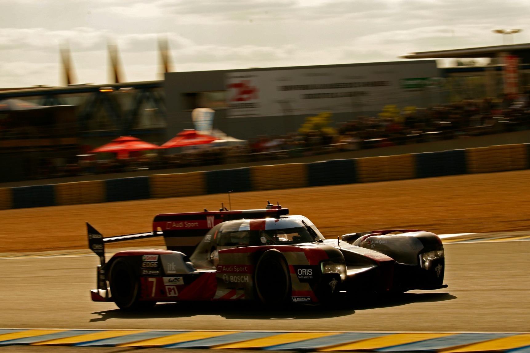 Los elevados costes hicieron que Audi y Porsche abandonaran la LMP1 y que ambas se pasaran a la Fórmula E