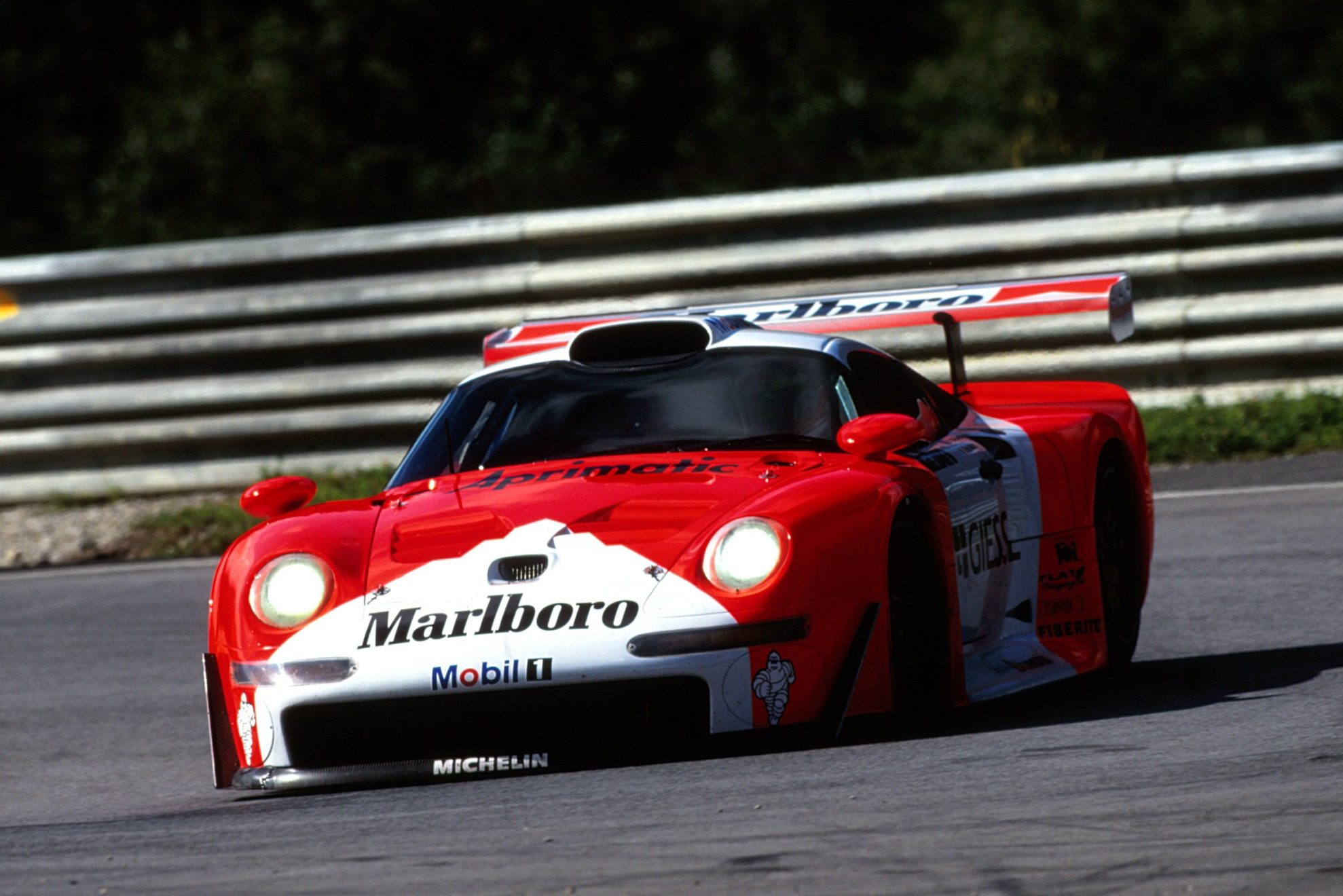 The arrival of Mercedes moved the goalposts in the FIA GT championship, and Porsche failed to win a race in 1997-98