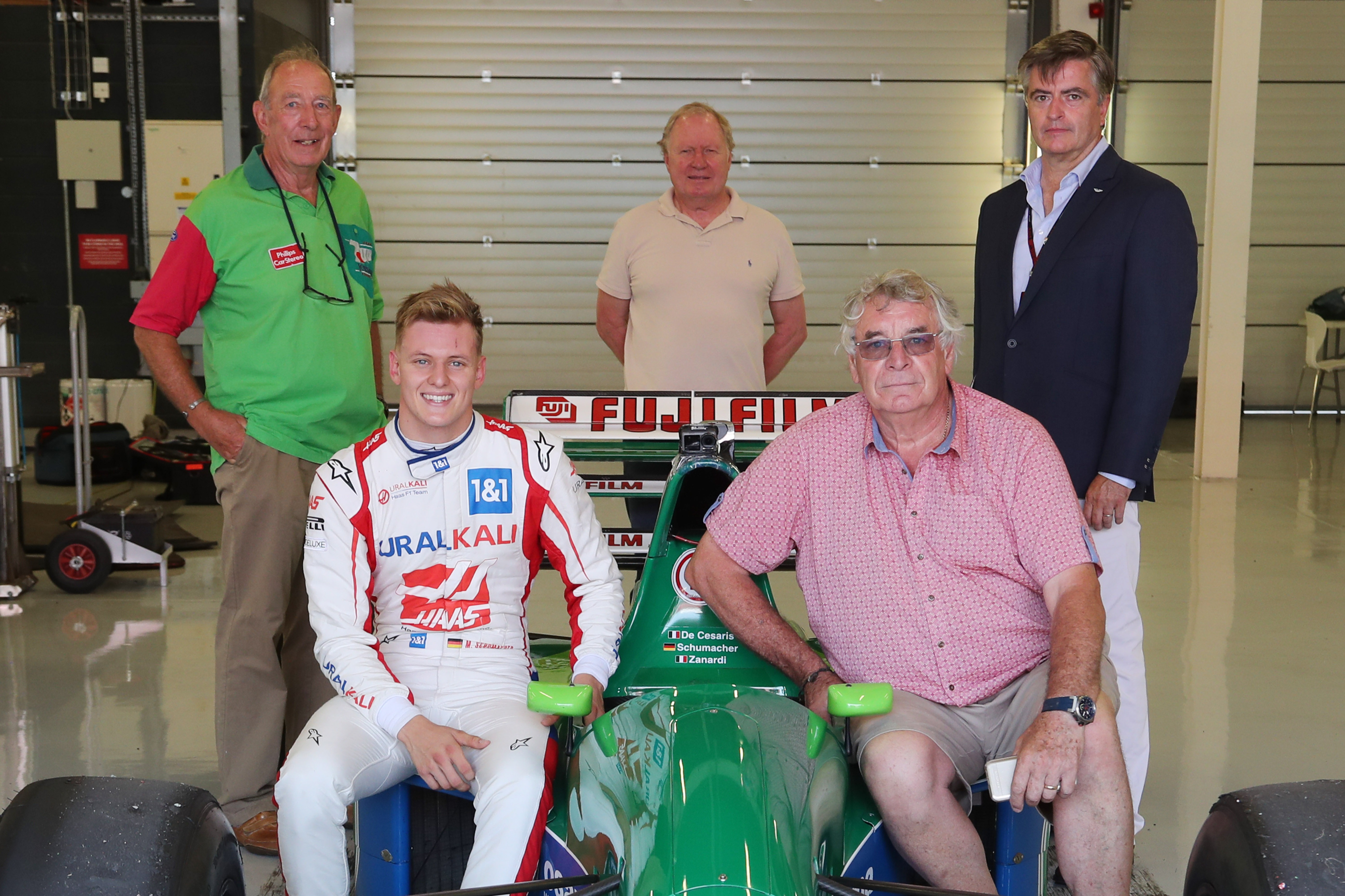 Jordan old boys Ian Phillips, Trevor Foster, Andy Stevenson and Gary Anderson joined Schumacher Jr for the reunion