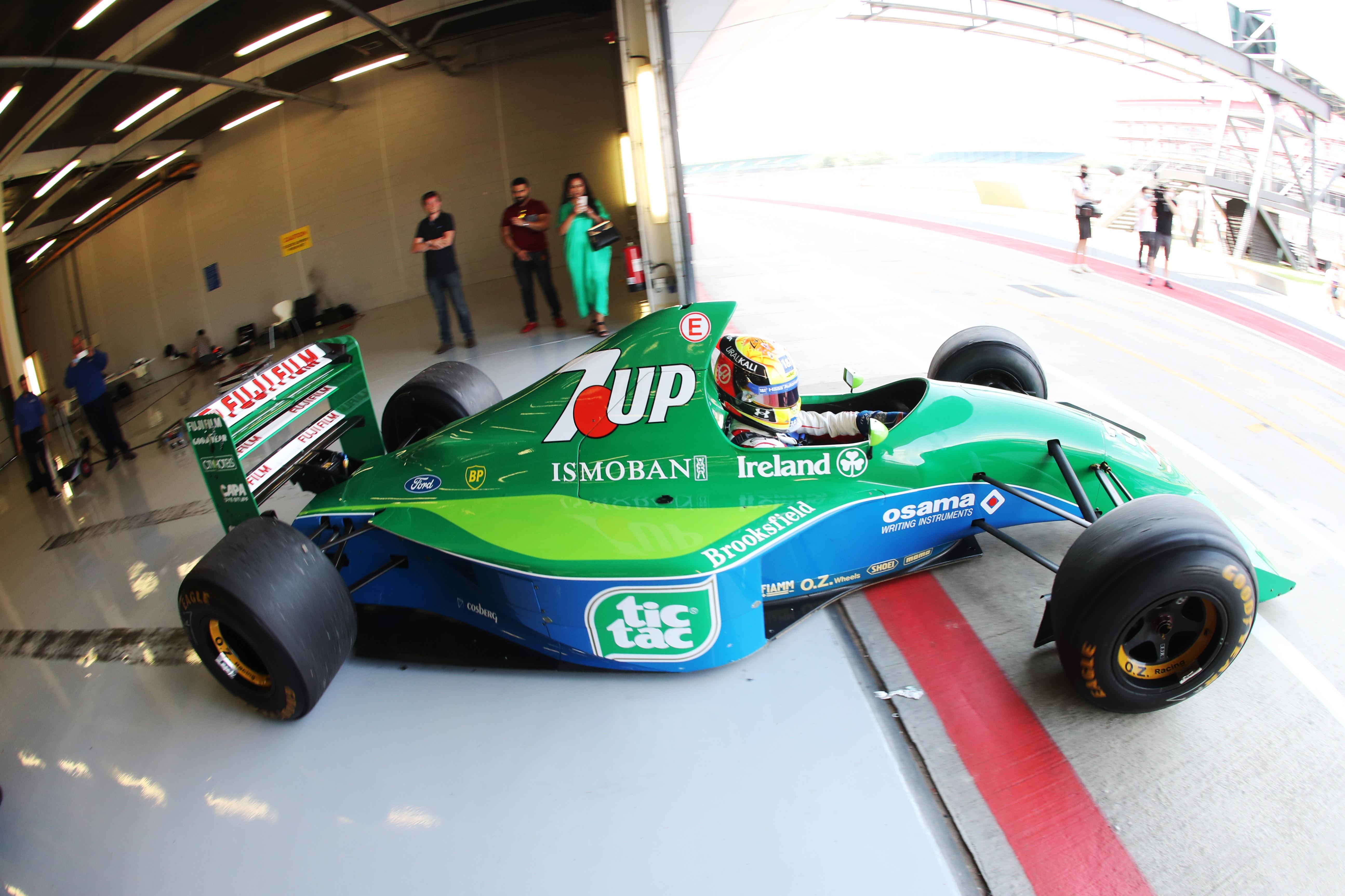 Schumacher had to get his head around the H-pattern gearbox on the 191
