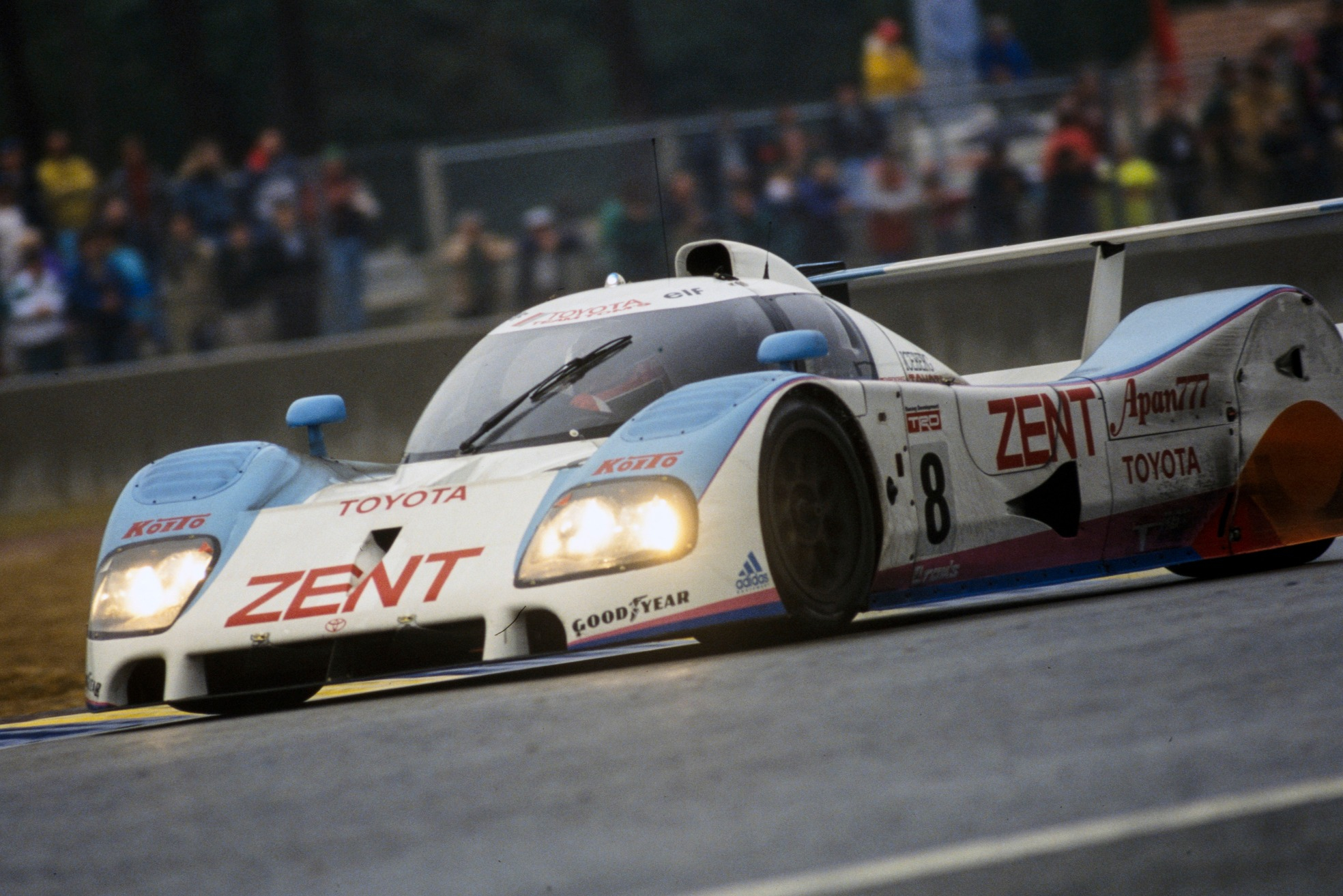 Former Jaguar team-mates Lammers and Wallace teamed up again to drive for Toyota - even with its 3.5-litre F1-spec engine, a far cry from racing in F1 itself