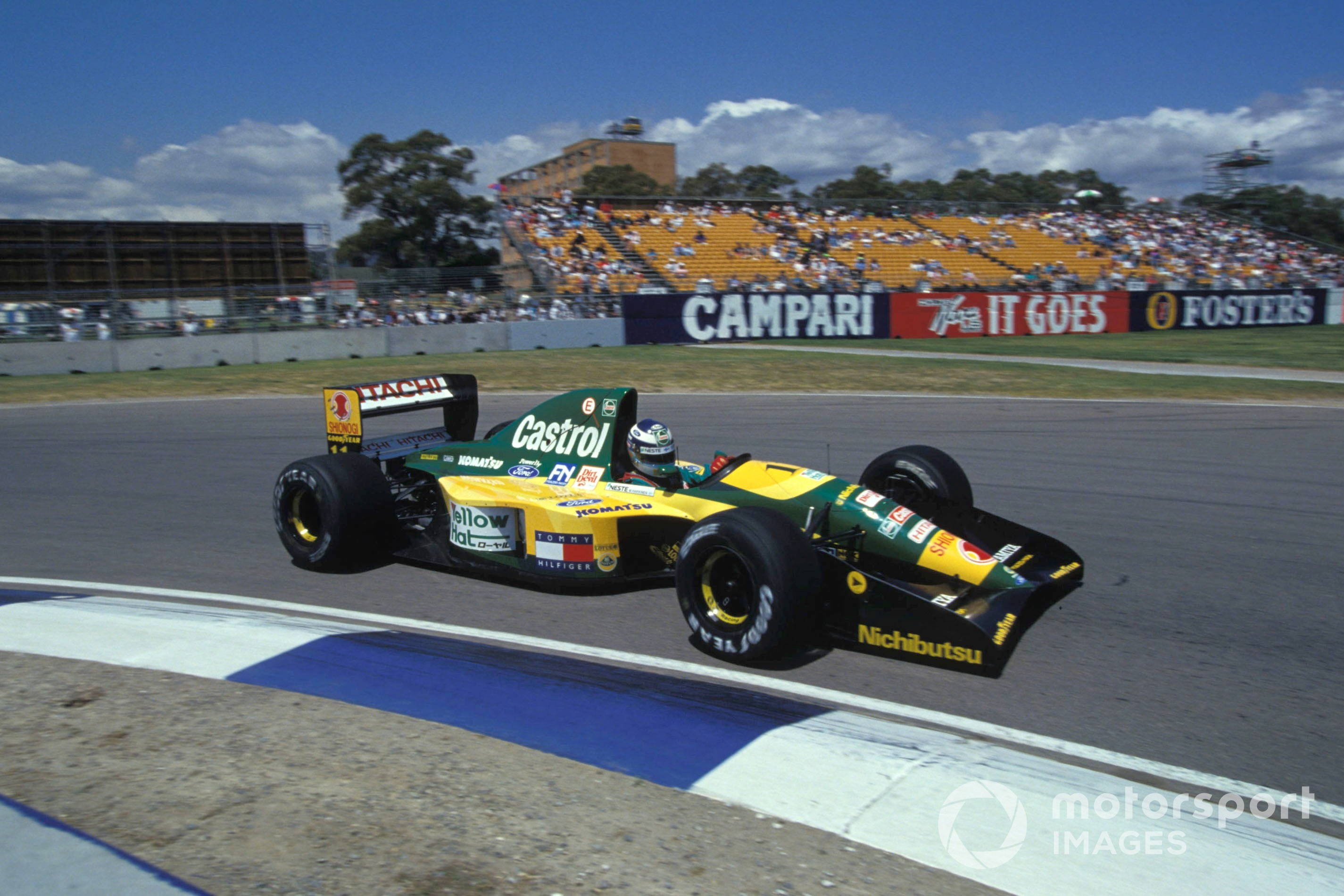 Mika Hakkinen in the Lotus-Ford 107 at the 1992 Australian GP