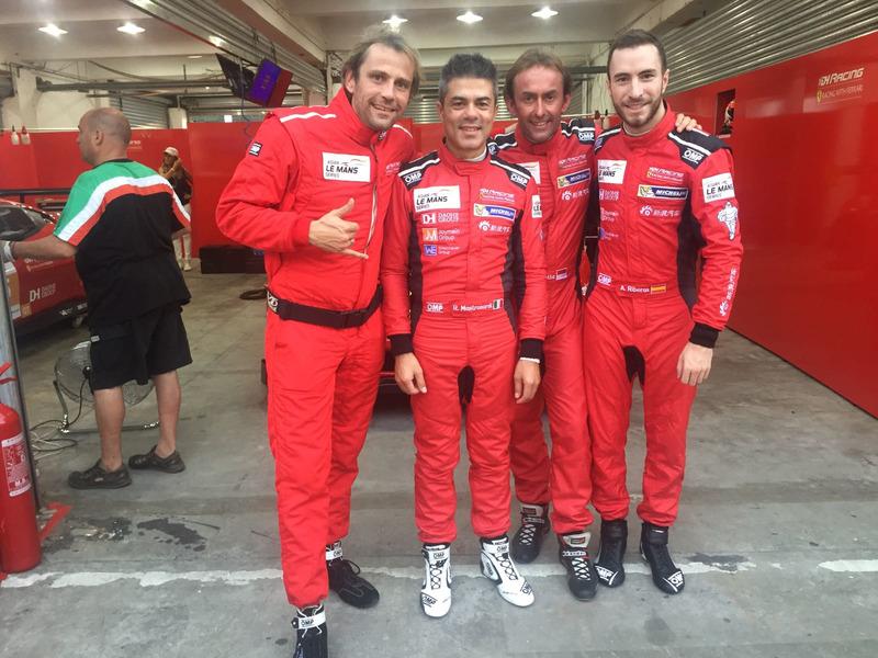 Rino Mastronardi, Olivier Beretta y Alex Riberas en Zhuhai