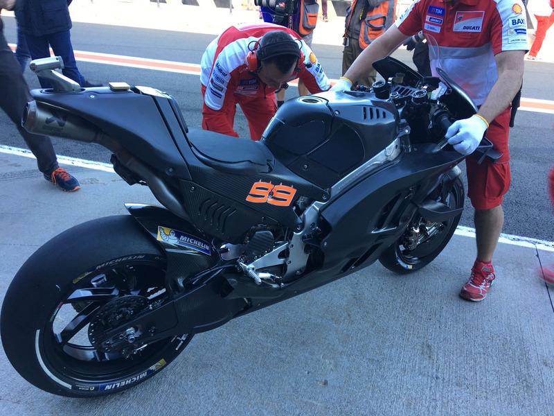 Lorenzo debut Ducati