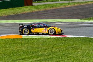 #66 Robert Smith, Jody Fannin, Jonathan Cocker - JMW Motorsport