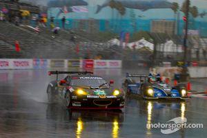 Alex Job Racing Lotus Evora