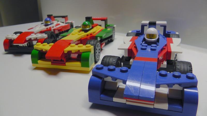 «Автомобили Формулы Е похожи на детские машинки!»
