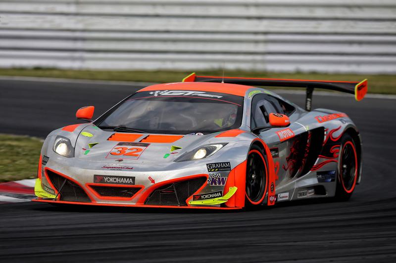 Clearwater Racing McLaren: Rob Bell and Hiroshi Hamaguchi