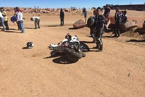 The crashed bike of #86 Bobby Goodin