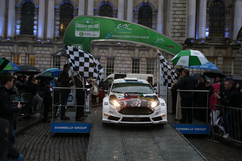 Алексей Лукьянюк и Евгений Червоненко на старте Circuit of Ireland Rally