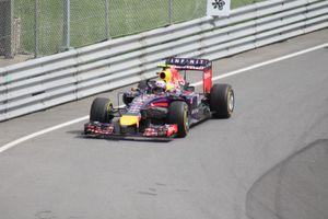 1ere Victoire pour Daniel Ricciardo