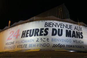 Welkomstboodschap op het Circuit de la Sarthe