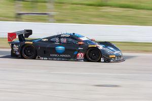 #10 Konica Minolta Corvette DP for Wayne Taylor Racing: Jordan Taylor, Ricky Taylor