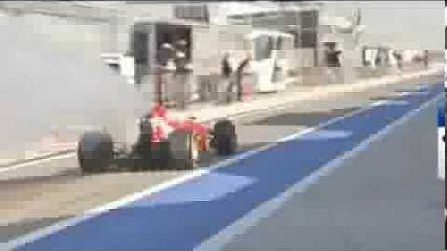 F1 Testing Bahrain 2014 - Fernando Alonso's Ferrari Going up in smoke Leaving the Pits