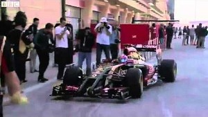 F1 2014 Bahrain Tests Day#1 The new lotus E22