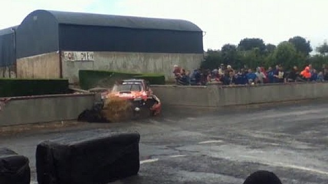 Crash of Alan Ring on Stage 5 of the Stonethrowers Rally 2014