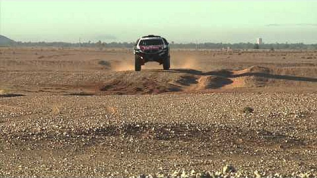 Peugeot returns to Dakar 2015: Carlos Sainz