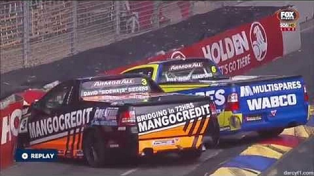 V8 Utes 2015 Adelaide Sieders, Hansford crash
