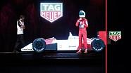 Alonso no palco com holograma de Senna