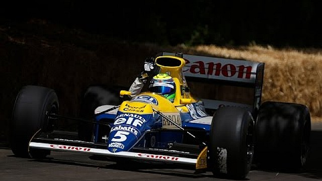 Felipe Massa dirige Williams FW13B em Goodwood