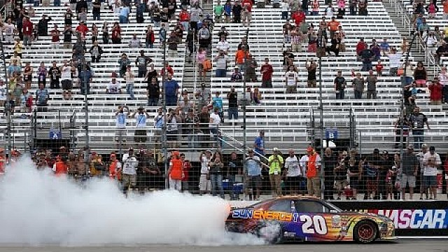 Hamlin grabs first NXS win at NHMS