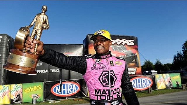 Antron Brown wins third-in-a-row in Reading