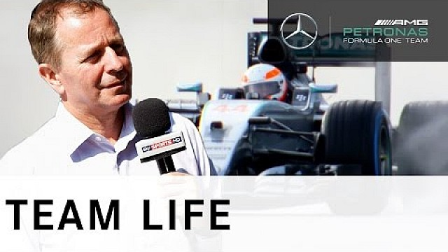 Ultimate Test Drive! Martin Brundle at the wheel of the W06 Hybrid