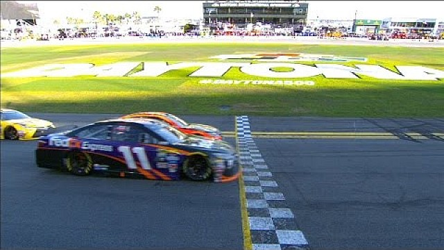 PHOTO FINISH: Hamlin wins Daytona 500