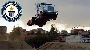 Truck-Weitsprung: Neuer Rekord!