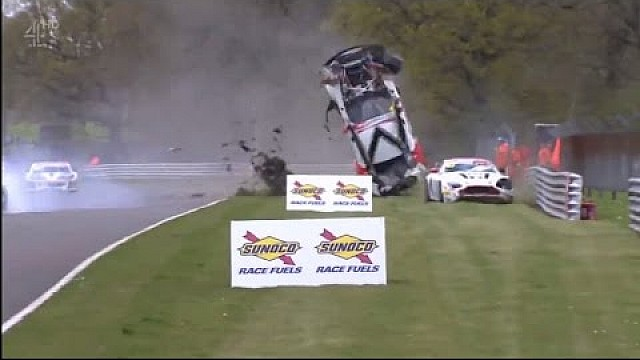 Wilder Crash in Brands Hatch