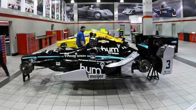 hum by Verizon | Creating the hum by Verizon INDYCAR