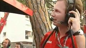 Финиш гонки в Монако в 2003 году – победа Николаса Кьезы
