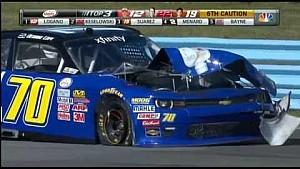NASCAR-bolide van Derrike Cope explodeert op Watkins Glen